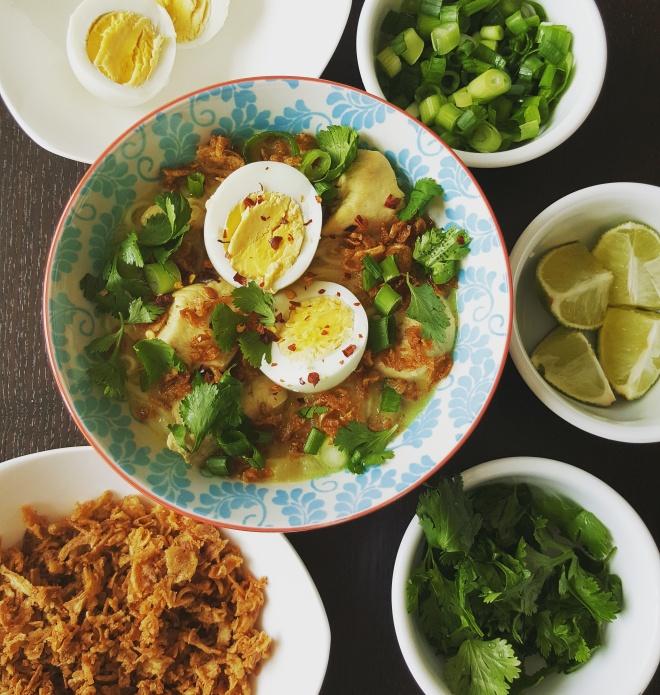 Chicken Khao Suey